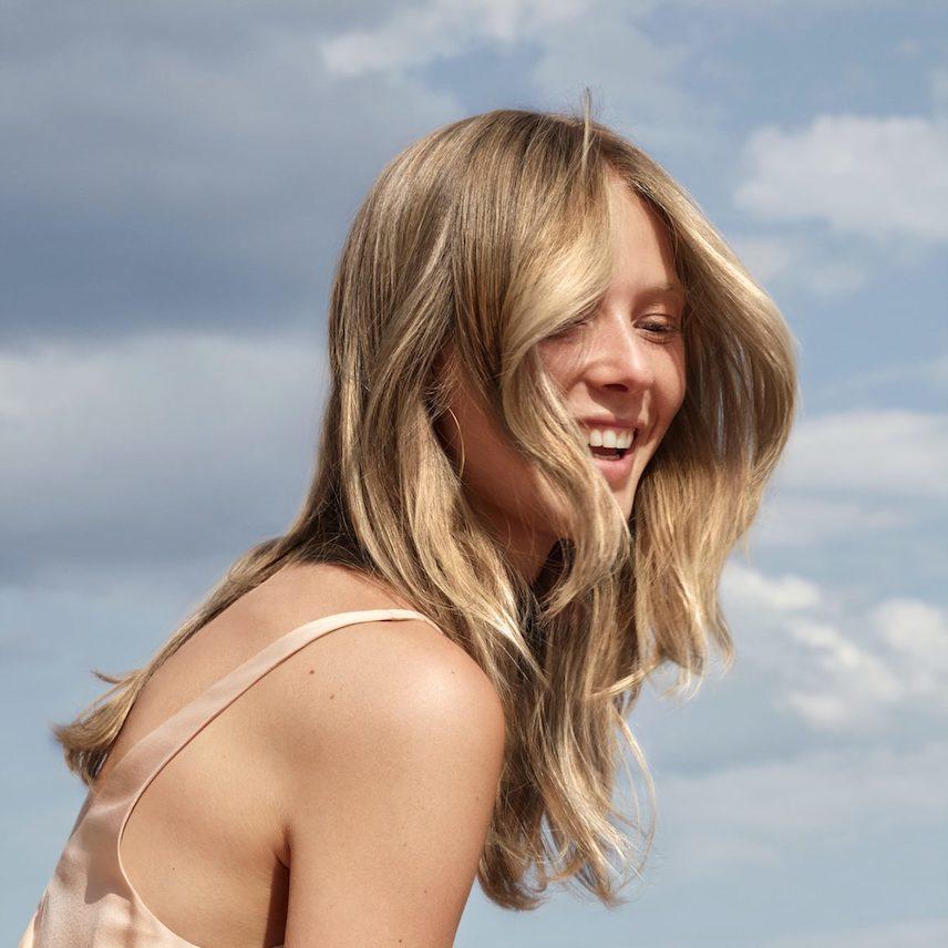 satin_blonde_lookpage_tile_d